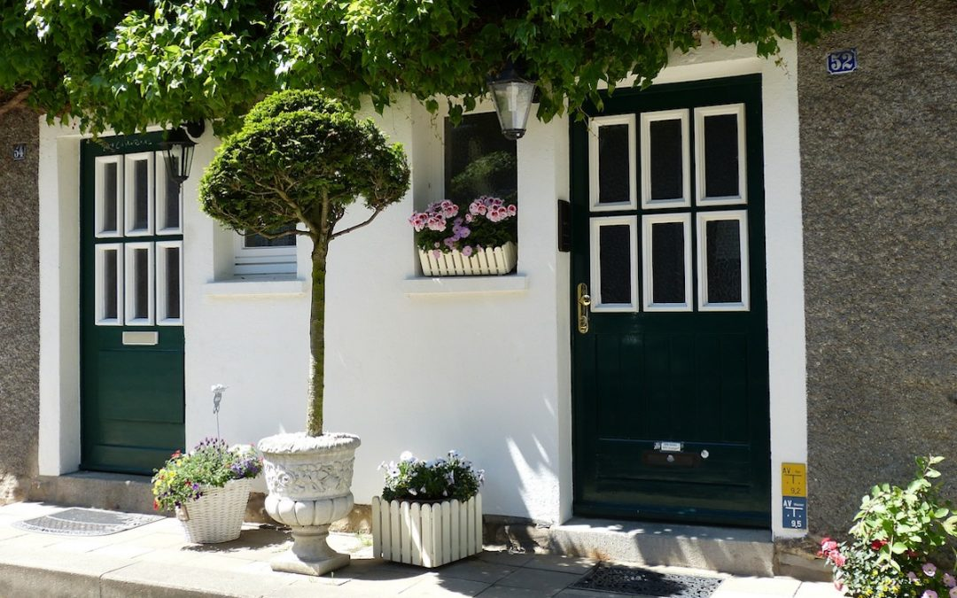 Front Door Style – Creating Kerb Appeal That Sets Your Home Apart