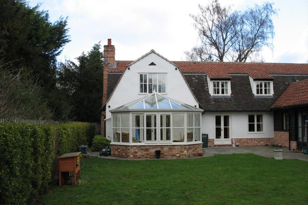 Stapleford Bay Fronted Conservatory