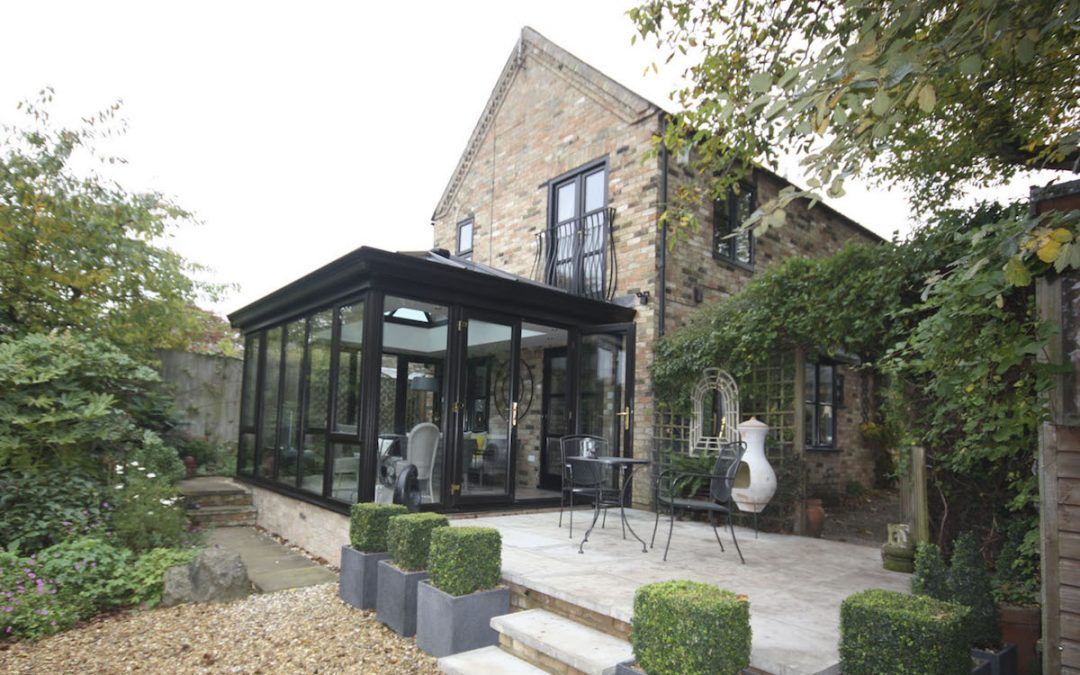 Ely Orangery Brings Contemporary  Living To Victorian Home