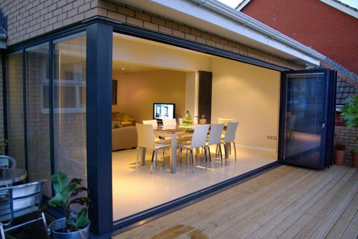 Folding Doors Contemporary