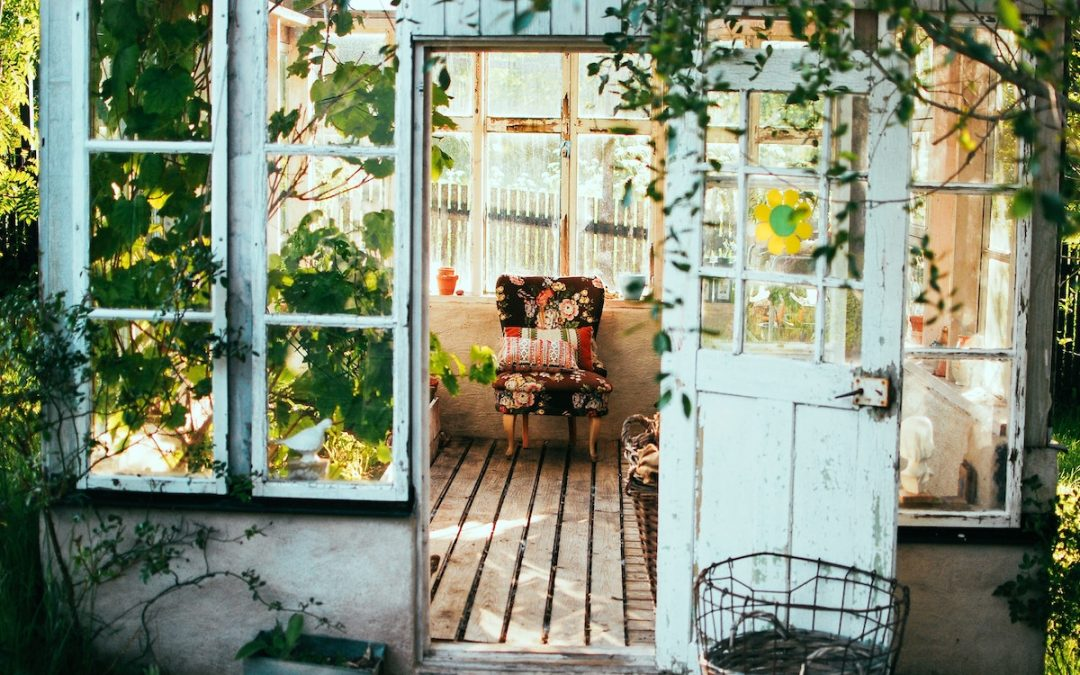 How to create the perfect conservatory garden